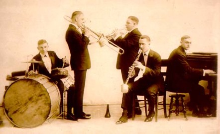 original-dixieland-jazz-band-sepia-smooth