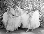 Albertina-Rasch-Dancers-1929-Backstage-Blues-03-t0f50