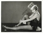 Bessie Love_1929 poses in Broadway Melody costume_1a