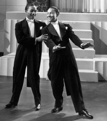 Nicholas-Brothers-Jumpin'-Jive-Stormy-Weather-(1943)-1