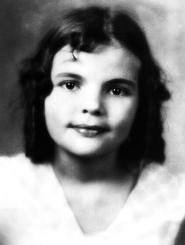 Frances Gumm portrait 3