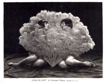 King of Jazz (1930) Sisters G (Gutchrlein)-2