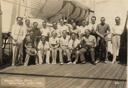 Harry Roy and his band, Alcantara April 1938
