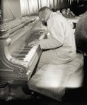 Erroll Garner-between 1946 and 1948-photo by Gottlieb, WilliamP