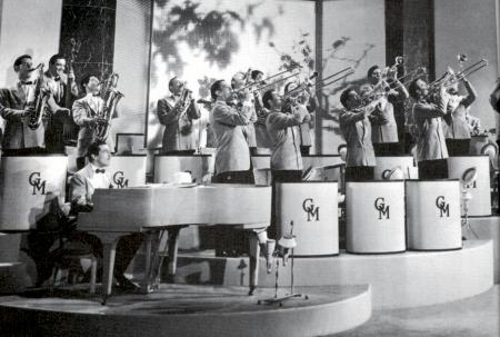 Glenn Miller Orchestra-1939-1-sm