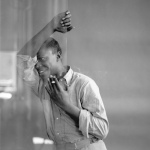 Miles Davis-glass
