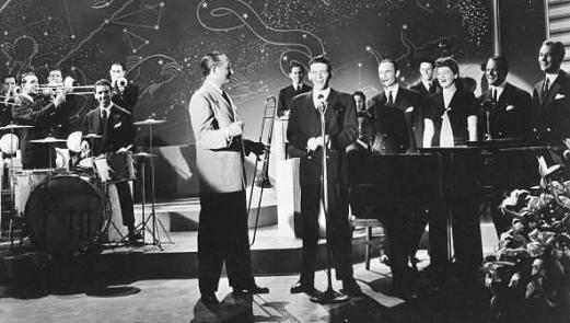 Tommy Dorsey Orchestra-1940-Sinatra-Pied Pipers-Buddy Rich-2-f20sh10