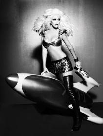 Christina Aguilera - starship trooper