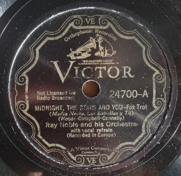1934 Midnight, The Stars and You, Victor 24700 label (1)