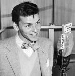 Frank Sinatra-the voice-early to mid-40s-CBS radio