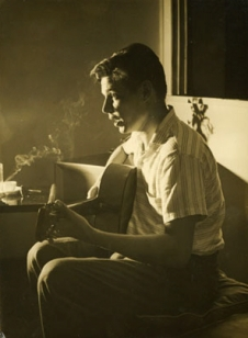 Tom Jobim during 1960 interview, at home in Ipanema, photo by Indalécio Wanderley