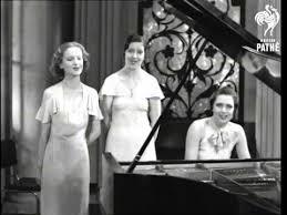 Radio Three-1935-British Pathé short I'm Gonna Wash My Hands of You (1)