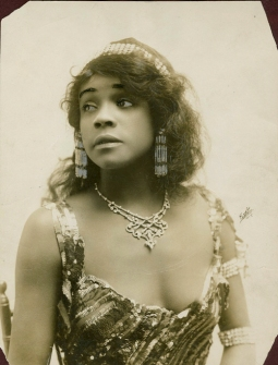 Aida Overton Walker as Salome, 1912, in Oscar Hammerstein's revival of Salome, photograph by White Studio, NY (eyebrows and eyes retouched)
