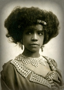 Aida Overton Walker, c. 1906, Abysinnia costume one, closeup (1a)