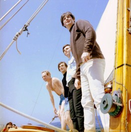 1965_Beach Boys_Summer Days_3_tC(3)_w2_tC_d30