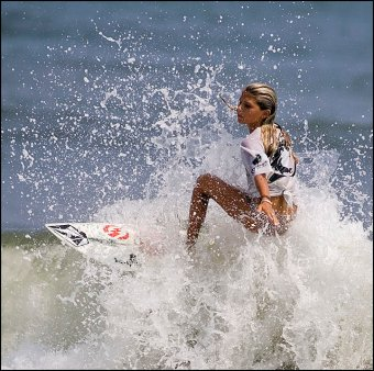surfer girl_in froth_1