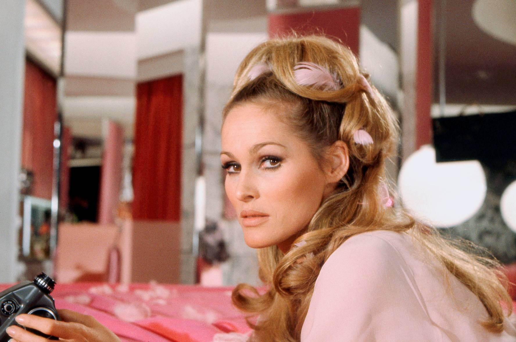 casino royale ursula andress