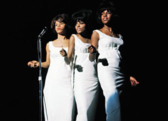 Supremes_perform at Roostertail_1966_2_sm