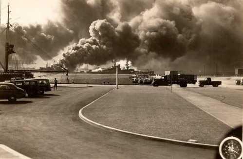 Pearl Harbor Attack-7 Dec 1941-2