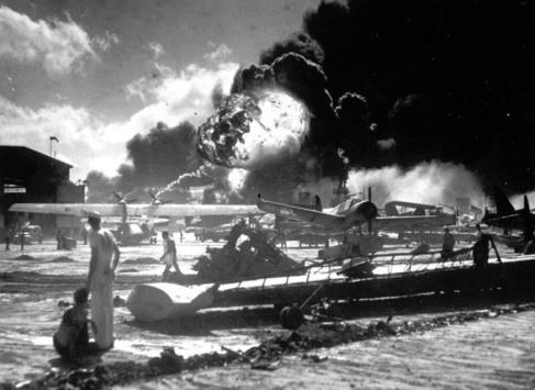 Pearl Harbor attack, 7 December 1941 (4)