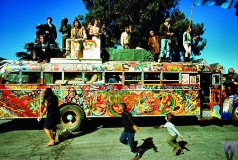 psychedelic bus (1)