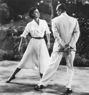 Fred Astaire and Cyd Charisse, Band Wagon (1953) Dancing In the Dark (1)