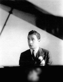 Harold Arlen portrait, at piano
