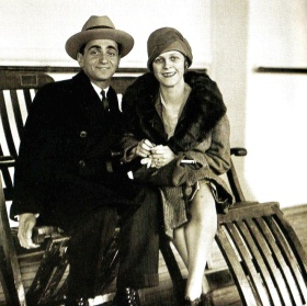 newlyweds Irving Berlin and Ellin (Mackay) Berlin arrive in Southampton, UK on 15 January 1926