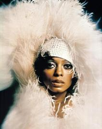 Diana Ross, feathers (1a)