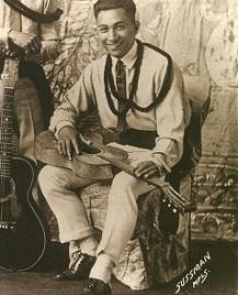 King Bennie Nawahi (1)