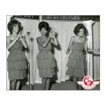 Supremes, London, October 1964-green dresses, Mary different wig(1)